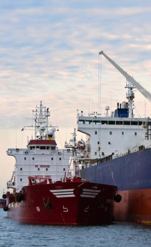 8bunkering-service-acrus-shipping-sri-lanka-home.png